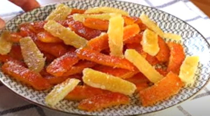 Frutas escarchadas listas