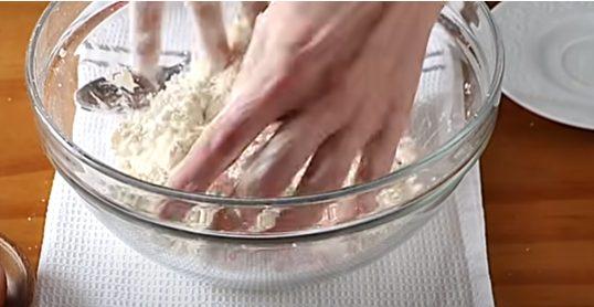 Mezclando la mantequilla